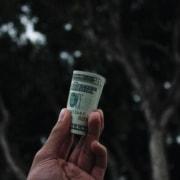 Il festeggiato paga o non paga